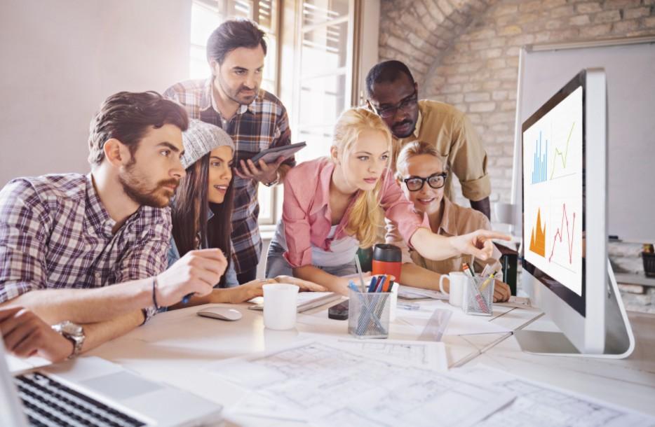 5 Dicas Eficientes para se Tornar Popular no Trabalho