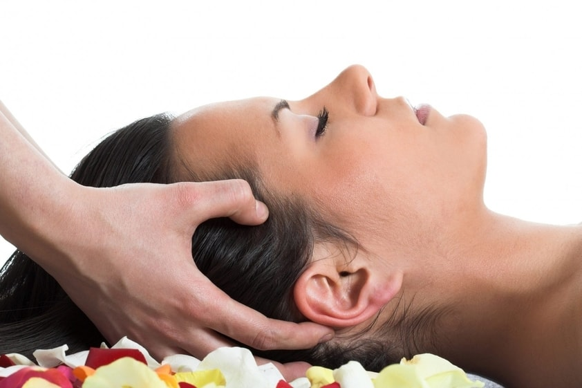 Como massagear para aliviar o zumbido no ouvido