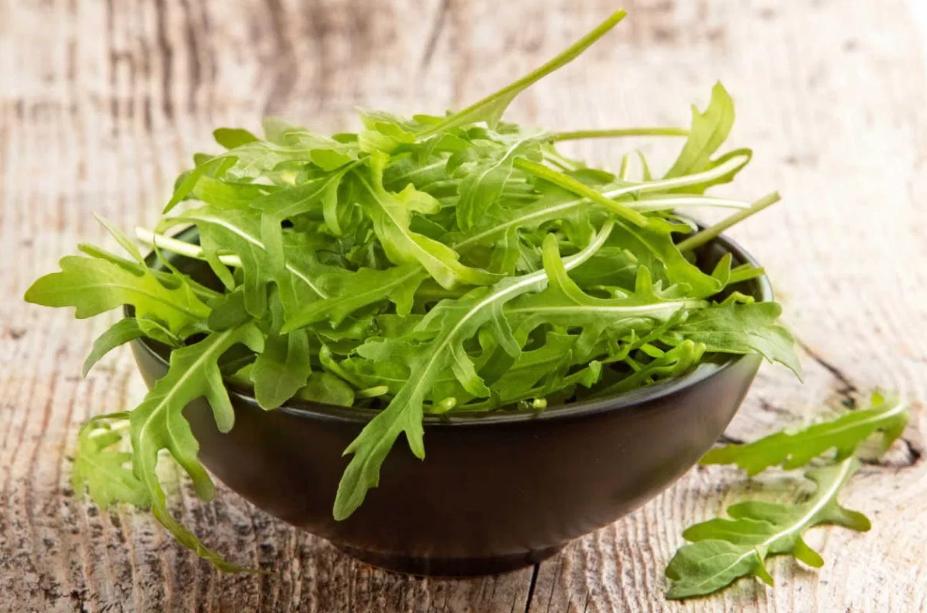 10 Benefícios Incríveis da Rúcula para a Saúde